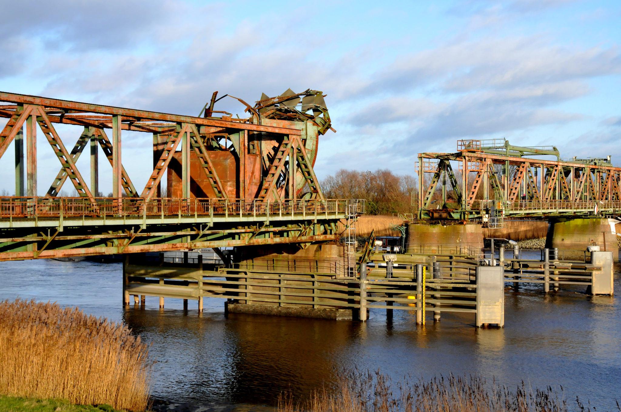 Groningen, Anfahrt mit der Bahn, Friesenbrücke kaputt