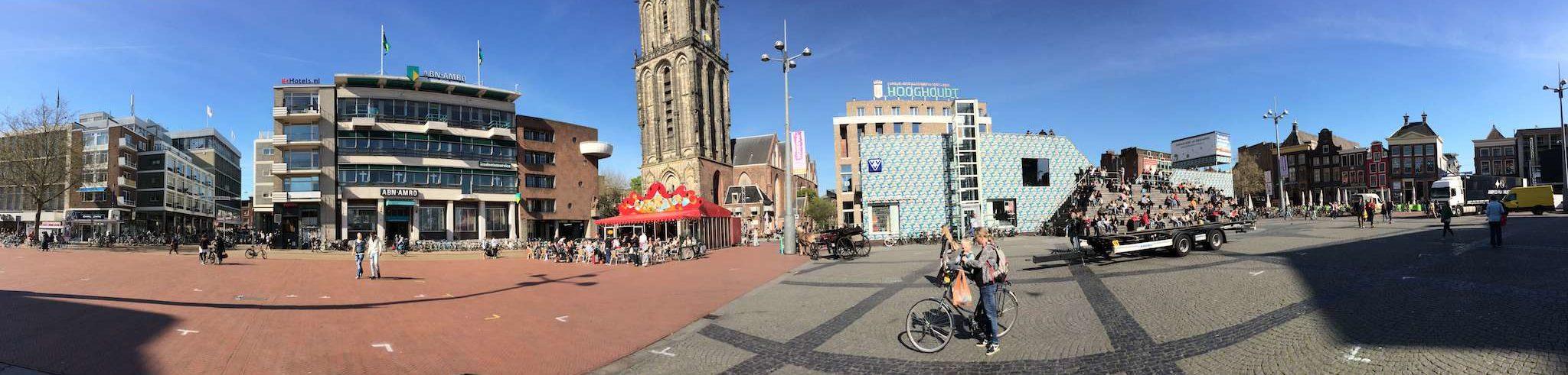 Groningen - Grote Markt mit Martiniturm und VVV - Panorama
