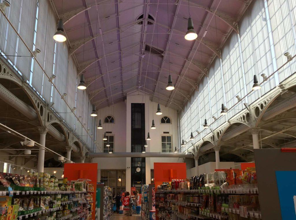 Groninger Innenstadt - Vismarkt - Korenbeurs - Supermarkt Albert Heijn